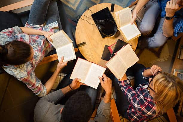 How to Start a Book Club Even Oprah Would Be Jealous Of (Literally)